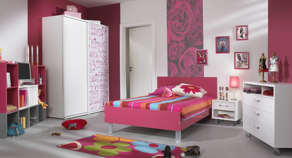 Ten Ravishing interior design ideas with pink color -